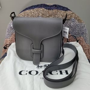 ❤️SOLD❤️ Coach courier crossbody NWT grey